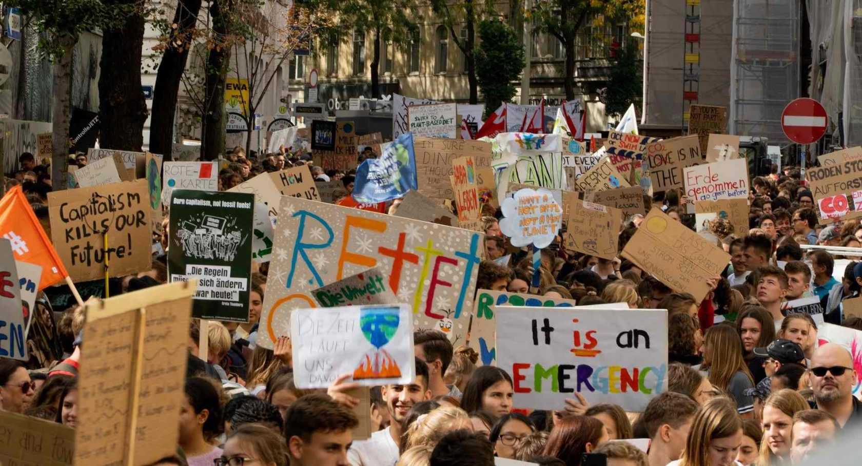 Clima: gli attivisti non violenti non devono essere criminalizzati