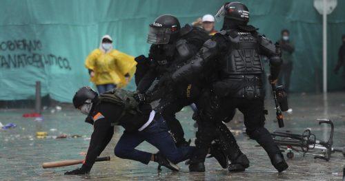 Tutti zitti, in Colombia si muore