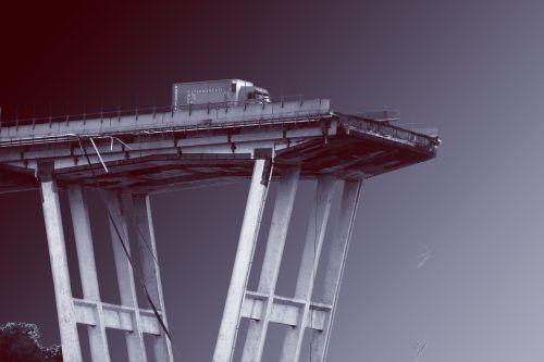 Il ponte spezzato – Inchiesta su una tragedia